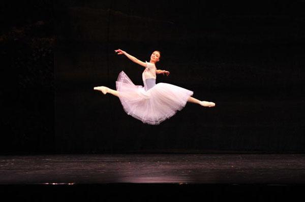 Tan2012 12 8 2126629 0 Idete li na balet?