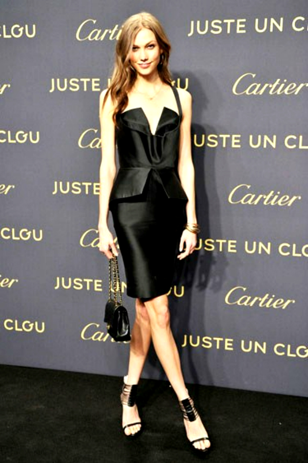 slika 102 Najlepše crne koktel haljine u 2012. godini