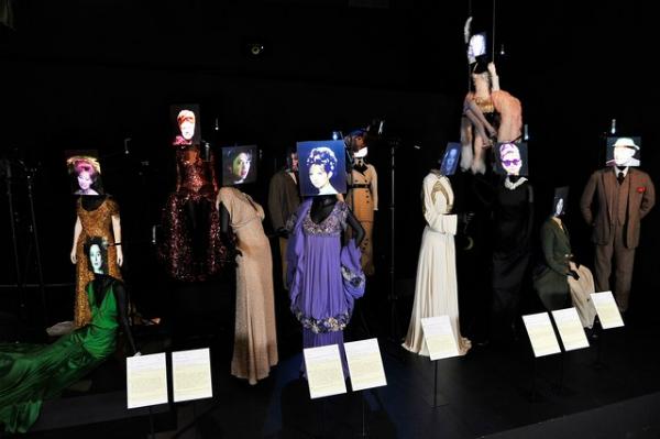 slika 312 The Best Fashion Moments: Zelena elegancija u Pokajanju