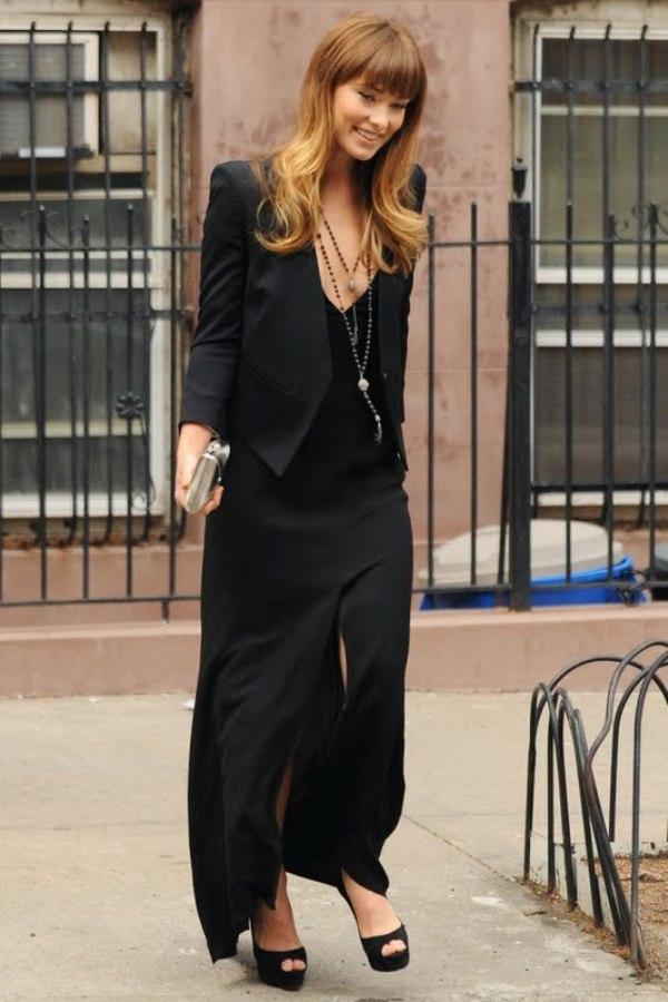 10.17 Street Style: Olivia Wilde