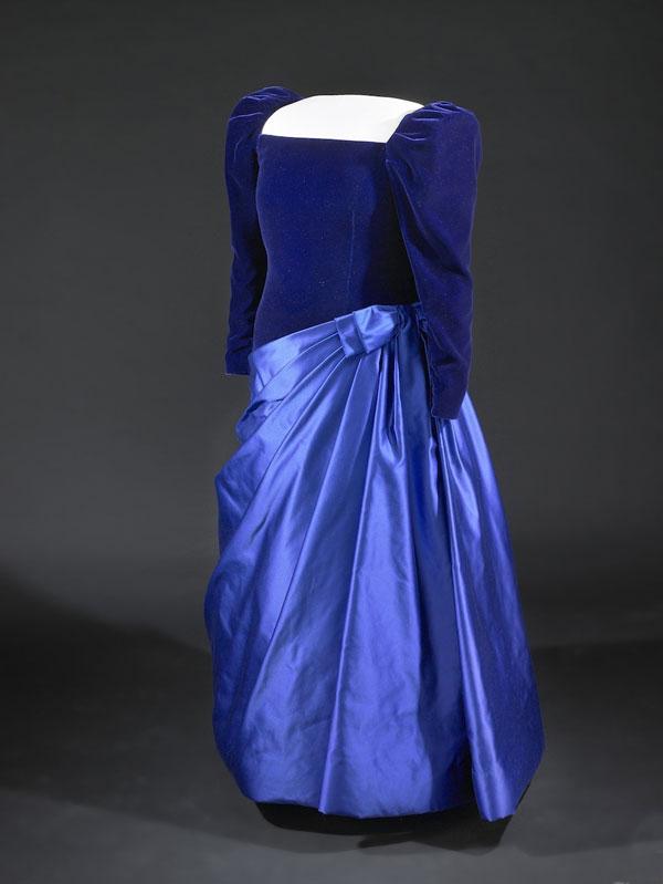 160 Najlepše haljine prvih dama