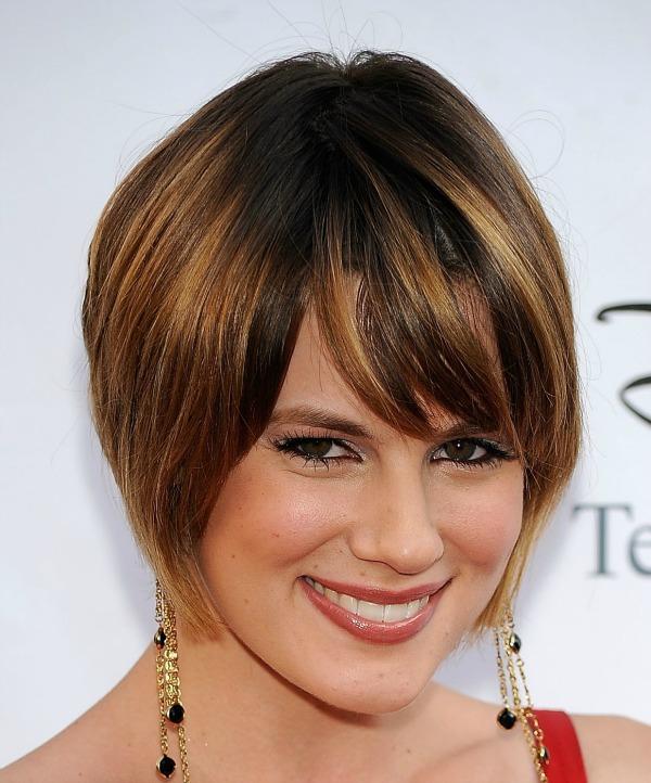 319 Deset frizura za ovalno lice
