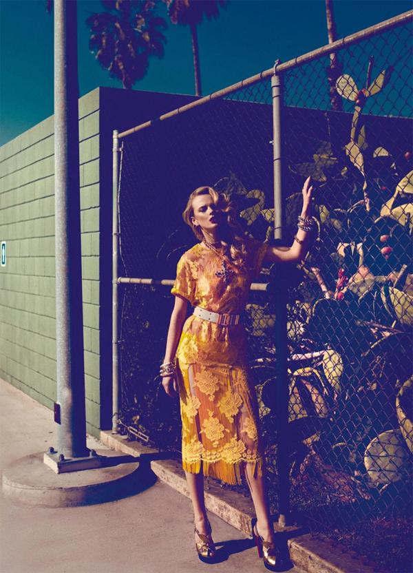 "61 ""Harper's Bazaar Turkey"": Sunčana strana ulice"
