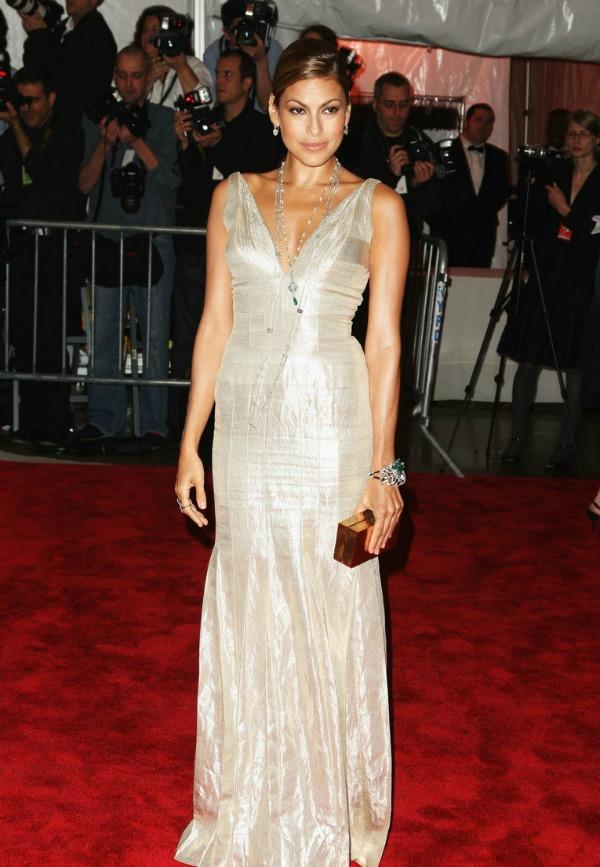 91 10 odevnih kombinacija: Eva Mendes