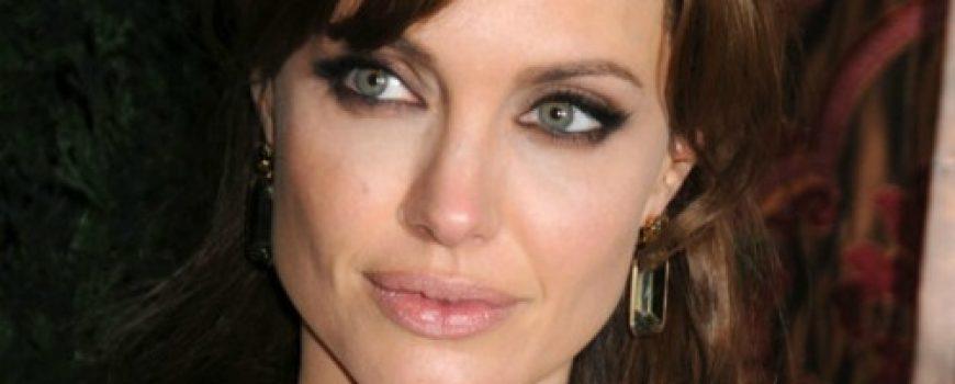 Stil šminkanja: Angelina Jolie