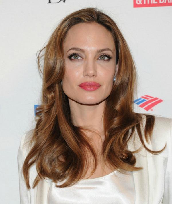 SLIKA 22 Stil šminkanja: Angelina Jolie
