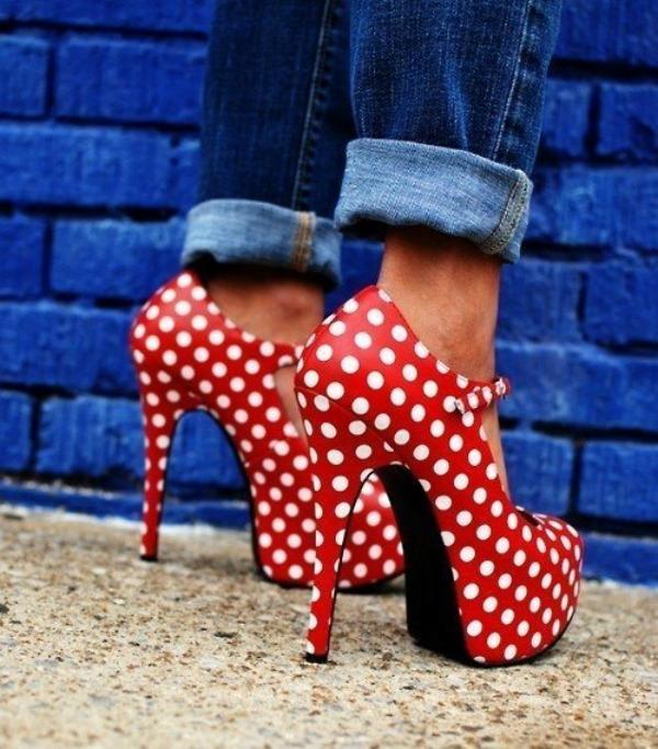 SLIKA 316 Šest načina da nosite cipele sa printom