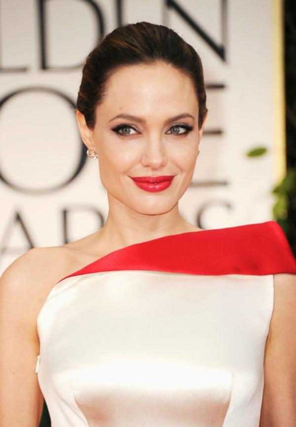 SLIKA 41 Stil šminkanja: Angelina Jolie