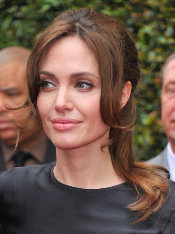 SLIKA 51 Stil šminkanja: Angelina Jolie