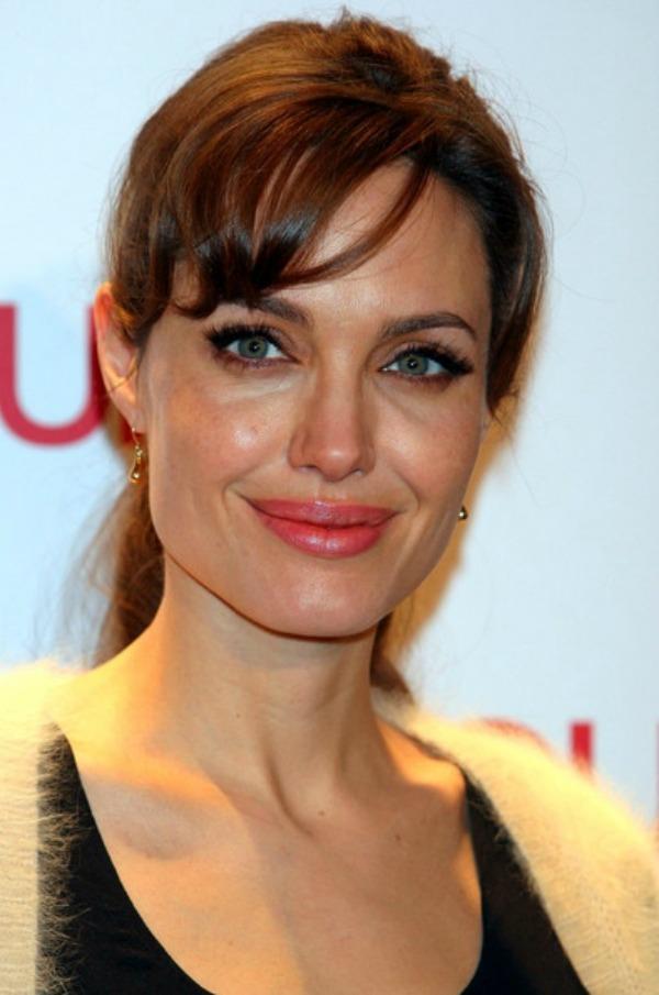 SLIKA 61 Stil šminkanja: Angelina Jolie