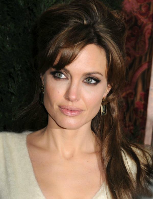 SLIKA 8 Stil šminkanja: Angelina Jolie