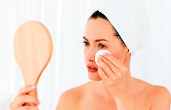 SLika 3 Efikasno uklonite šminku u pet koraka