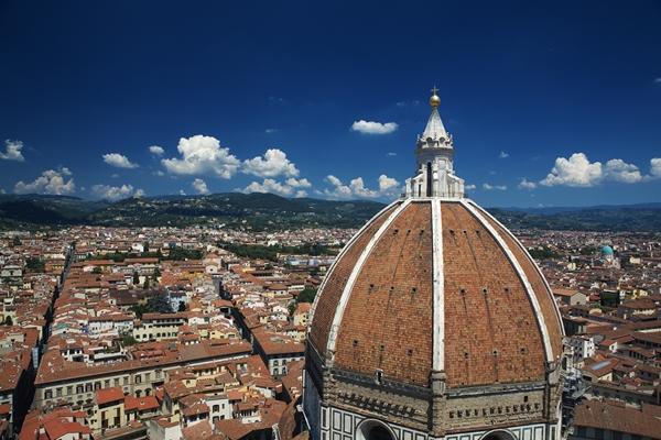 SLika 4 Trk na trg: Piazza del Duomo, Toskana