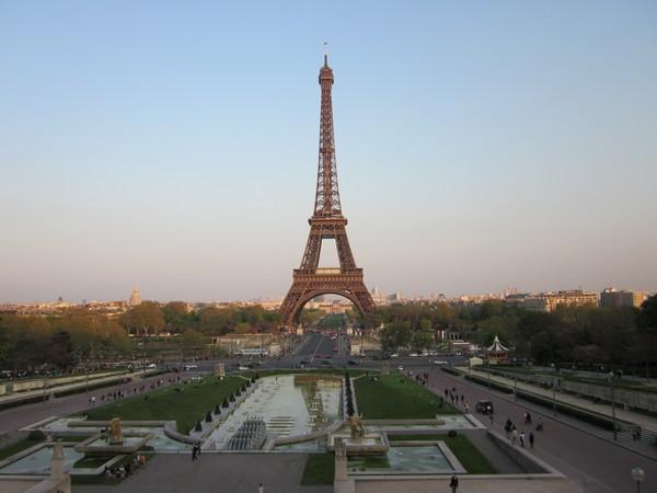 Slika 1.15 Sedam razloga zašto volim(o) Pariz