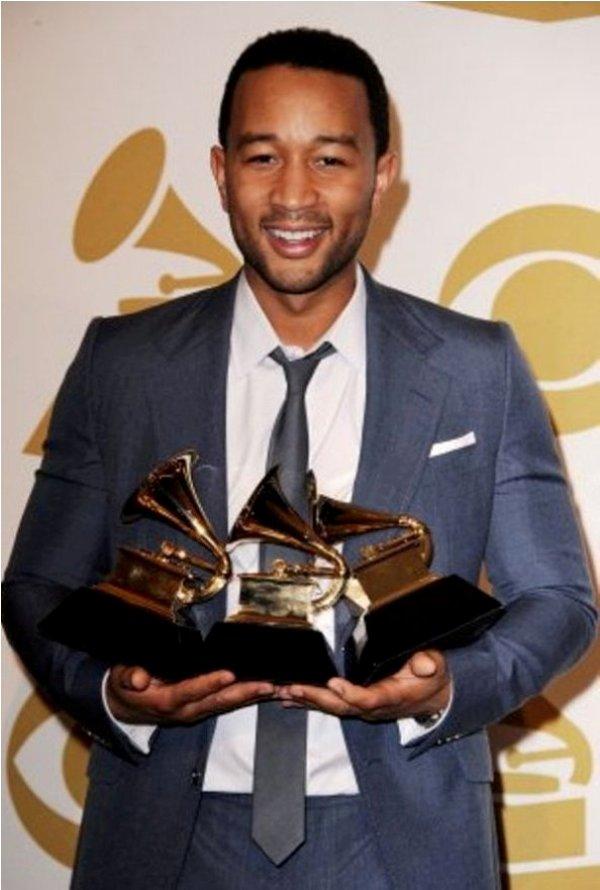 Slika 2.2 John Legend: Vladar R&B scene