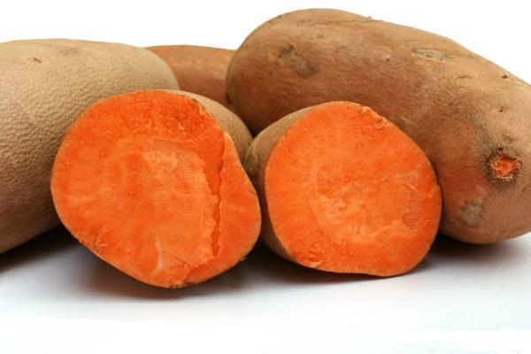Slika 819 Zdravom ishranom do zdrave kose