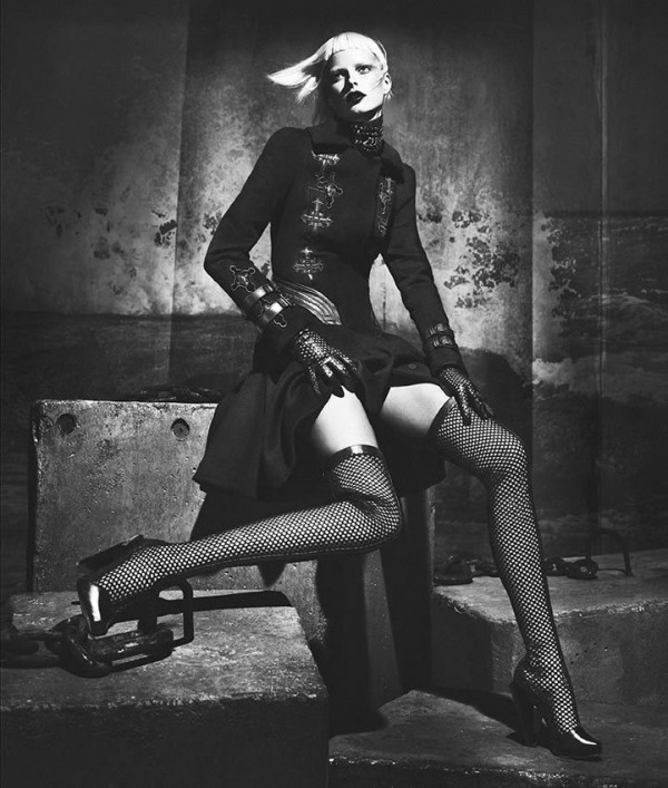 Versace Fall Winter 2012 2013 Womens Full Campaign 10 600x707 Versace: Italijanski glamur