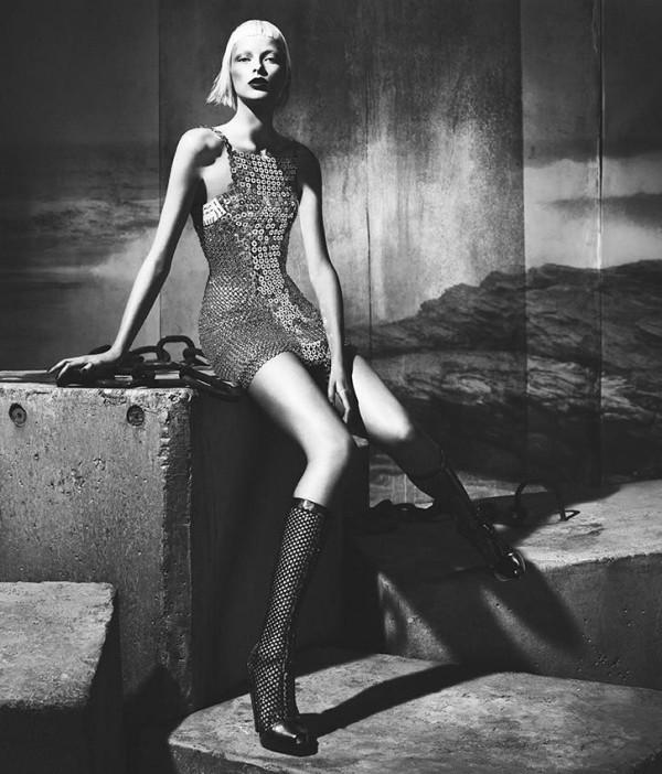 Versace Fall Winter 2012 2013 Womens Full Campaign 6 600x702 Versace: Italijanski glamur