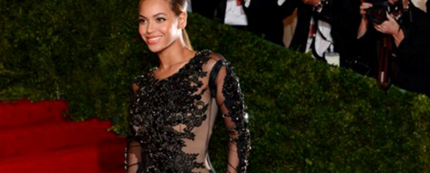 10 haljina: Beyoncé