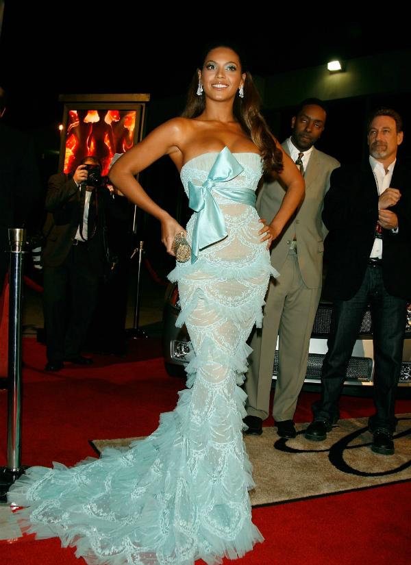 slika 412 10 haljina: Beyoncé