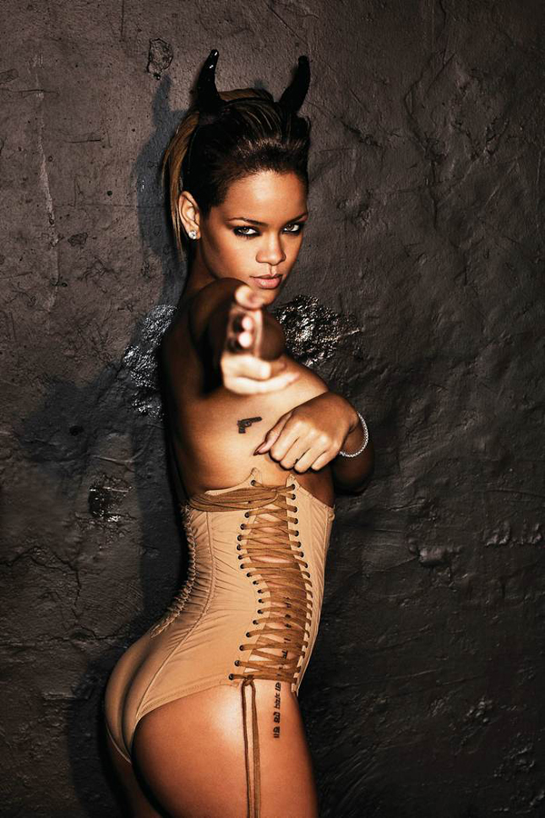 slika 45 Zvezdani preobražaji: Rihanna