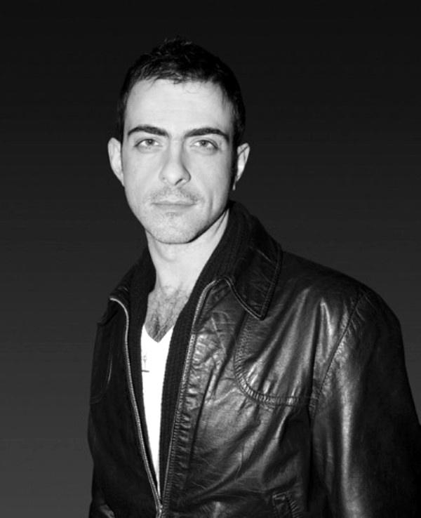 1.22 Antonio Berardi: Hrabri krojač ženstvenosti