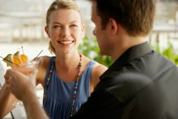 10 first date fashion mistakes women make 29134046 apr 10 2012 600x401 Šta muškarcima govori tvoj modni odabir