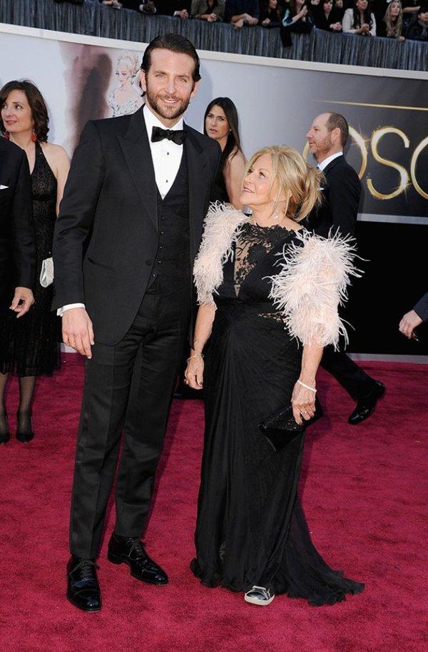 10.15 Fashion Police: Oscar 2013.
