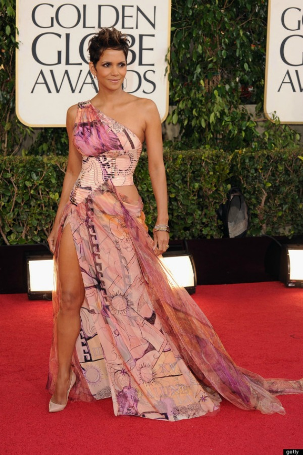 10 10 haljina: Halle Berry