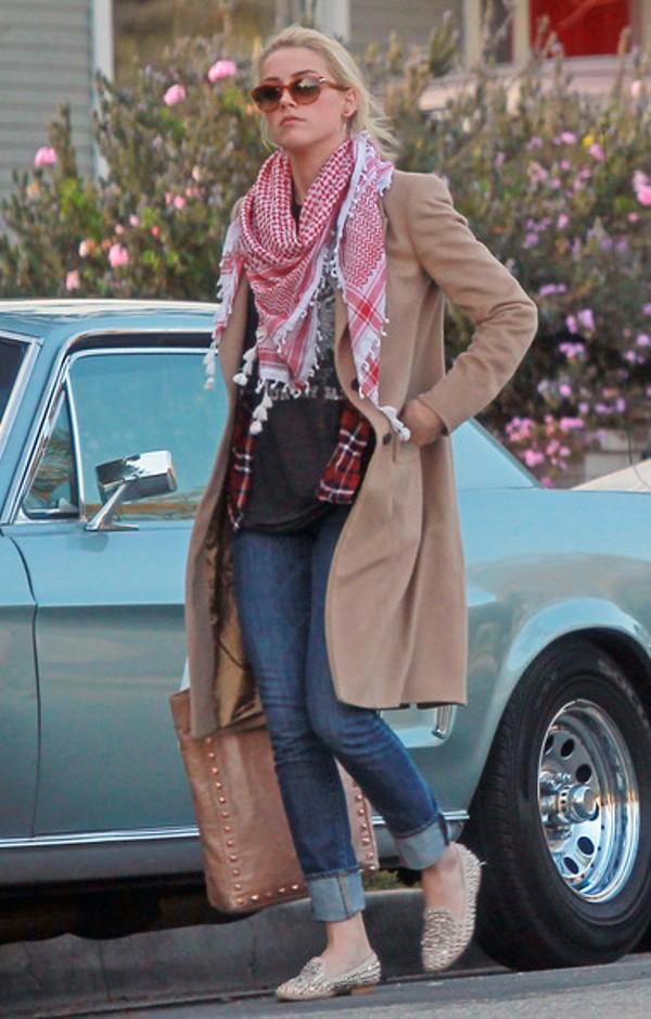 3.12 Street Style: Amber Heard