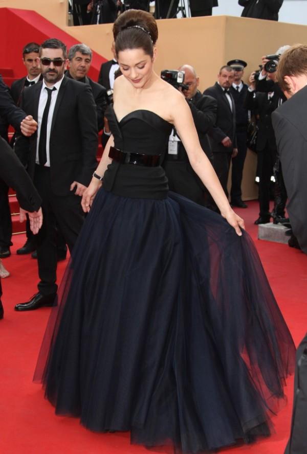 5.14 10 haljina: Marion Cotillard