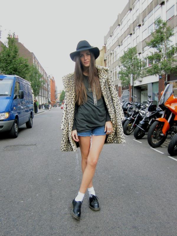 6.3 Street Style: Gala González