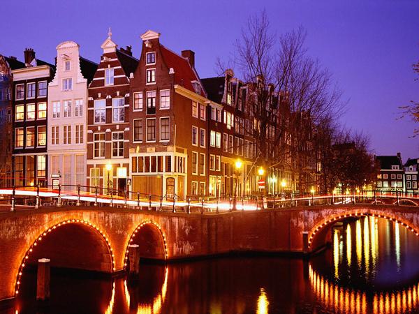 Amsterdam 001 10 gradova koje morate posetiti tokom 2013. godine (1. deo)