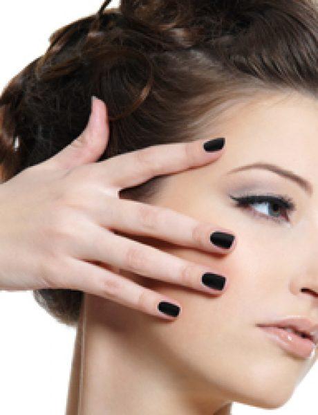 Koji lak za nokte da odaberete ako ste poslovna žena?