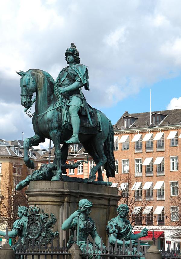 Slika 263 Trk na trg: Kongens Nytorv, Kopenhagen