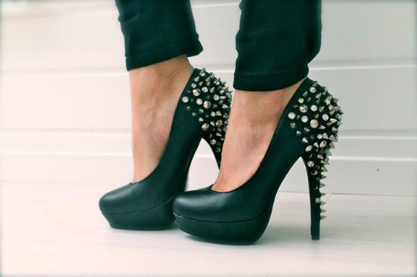 Slika 43 Najlepše smaragdnozelene cipele