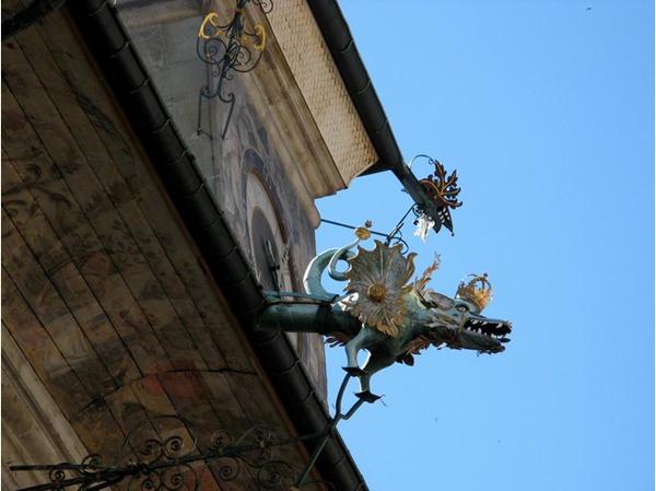 Slika42 Trk na trg: Place de la Palud, Švajcarska