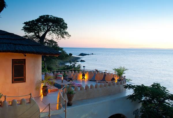 balcony ndomo house lake malawi fs Kaya Mawa: Luksuzna egzotika