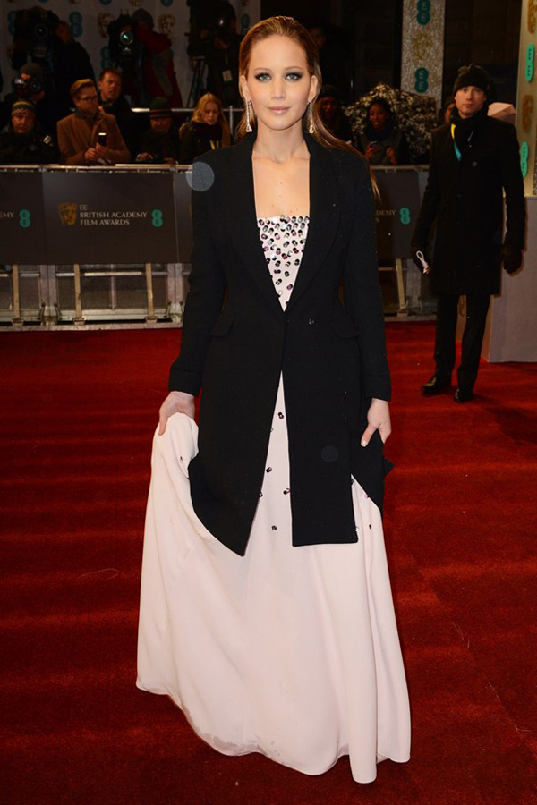 jlawrence v 10feb13 getty b 592x888 Fashion Police: BAFTA Awards 2013