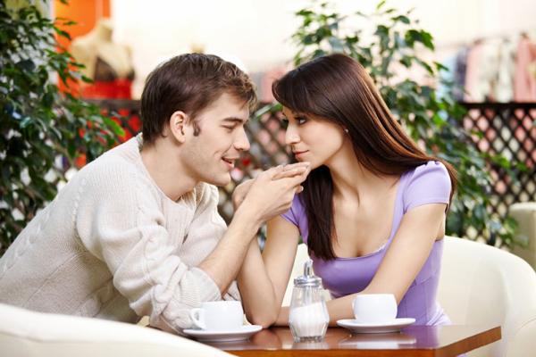 shutterstock 51816469 10 flert caka kojima ćeš osvojiti tipa koji ti se dopada (1.deo)
