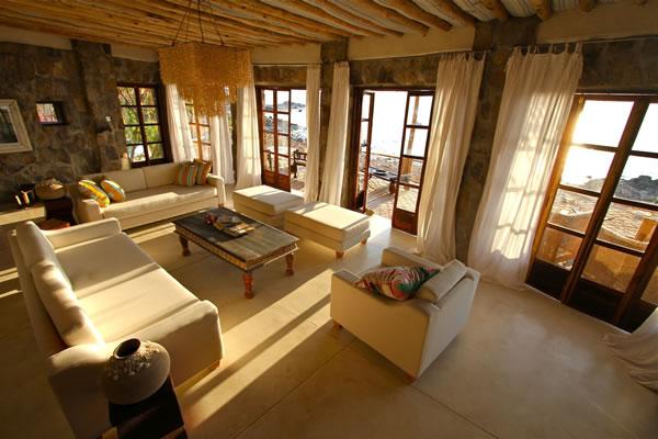 sitting room lake malawi accommodation fs Kaya Mawa: Luksuzna egzotika