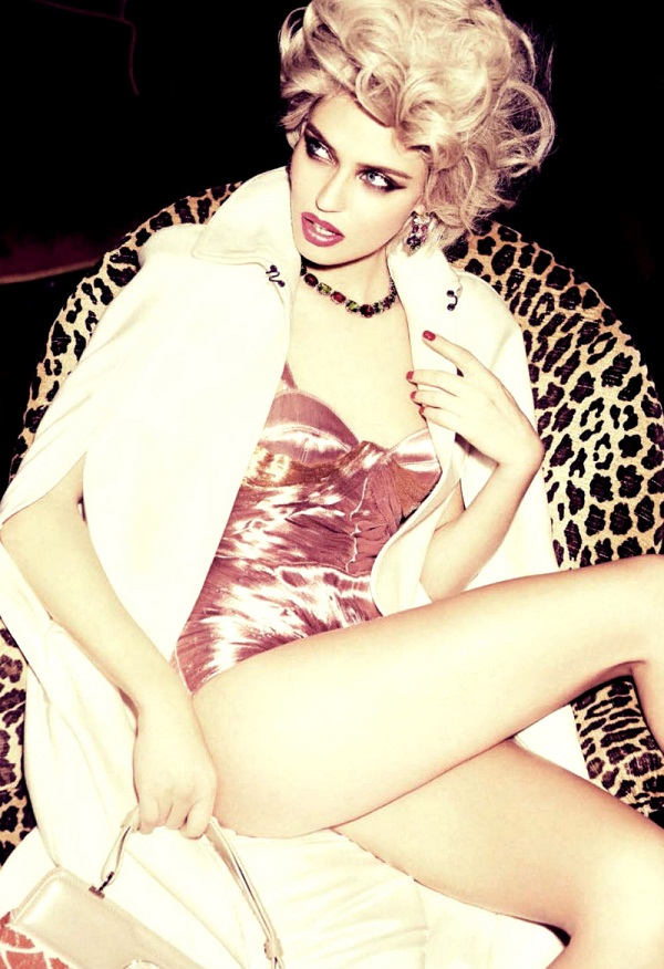 slika 241 Vogue Italia: Bianca Balti u duhu starog Holivuda