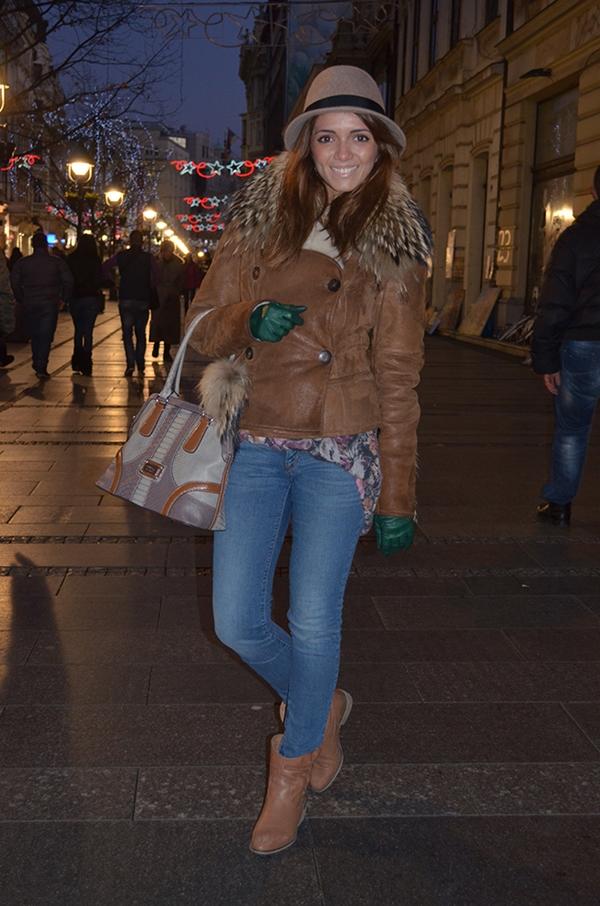 slika 517 Belgrade Style Catcher: U korak sa svetom
