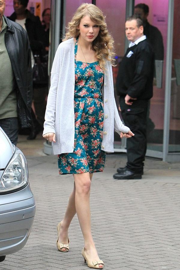 slika 919 Street Style: Taylor Swift
