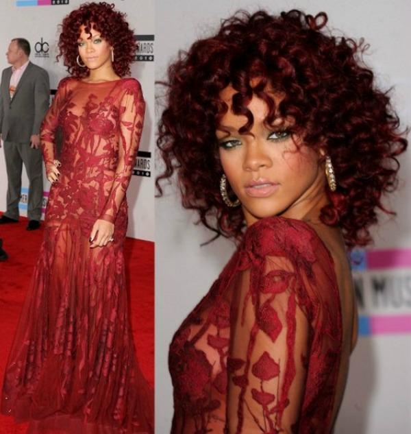 slika110 10 haljina: Rihanna