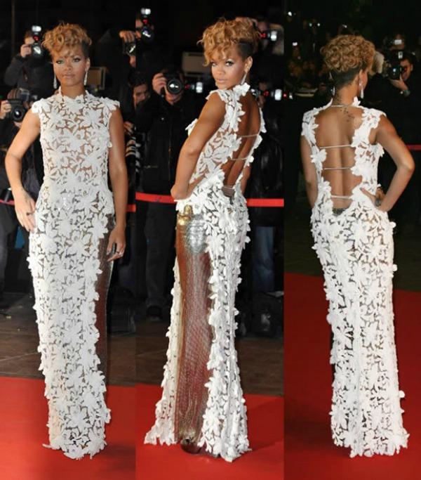 slika39 10 haljina: Rihanna