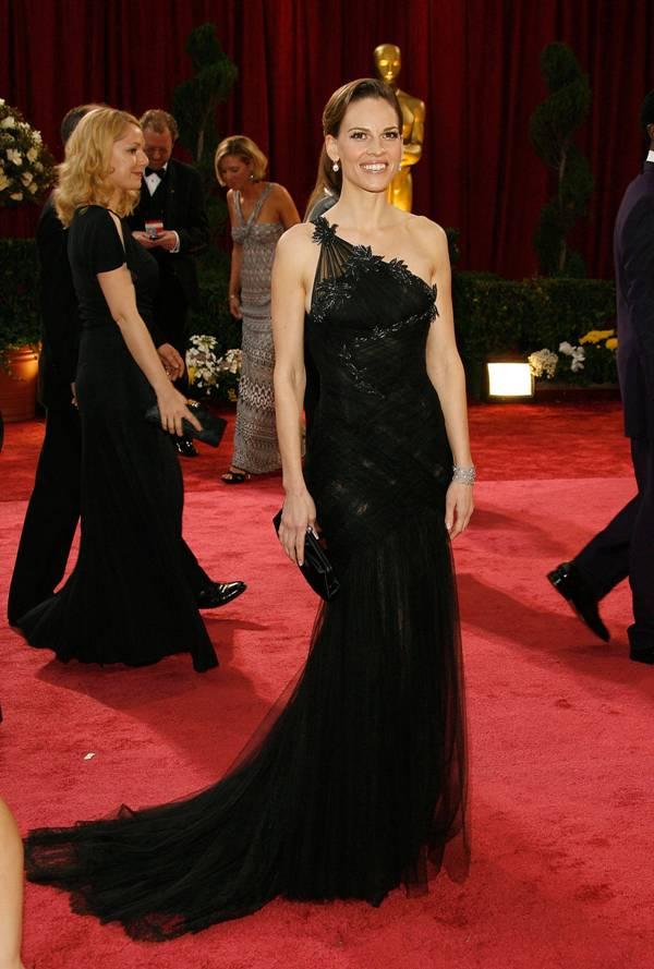 1 10 10 haljina: Hilary Swank