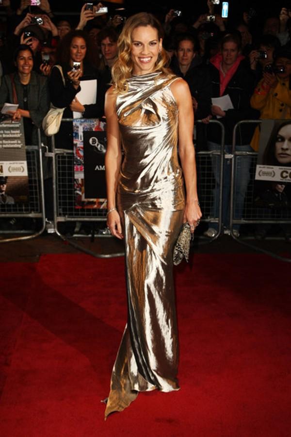 1 2 10 haljina: Hilary Swank