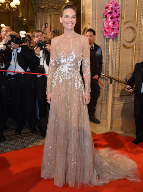 1 3 10 haljina: Hilary Swank