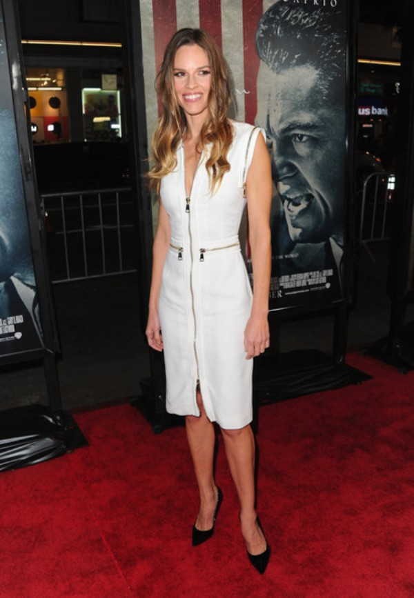 1 4 10 haljina: Hilary Swank